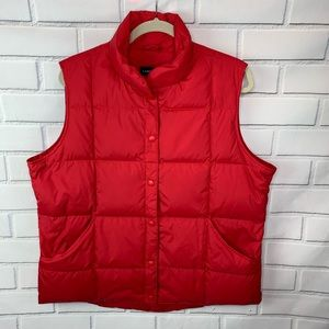 Lans End quilted goose down vest large NWT